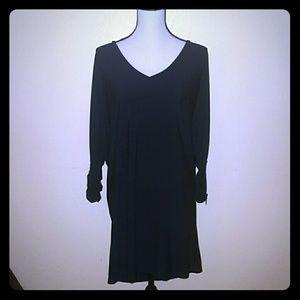 Black v neck dress size xl