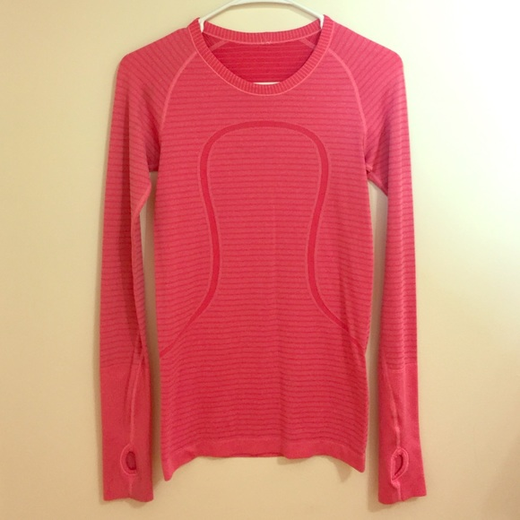 lululemon athletica Tops - Lululemon Long Sleeve Athletic Shirt 980364da0