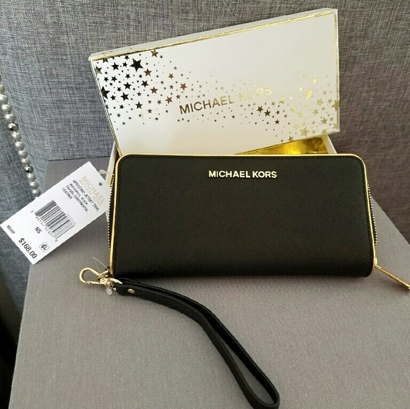 ad0316c8ca59 Michael Kors Bags | Nwt Jet Set Black W Gold Trim Wallet | Poshmark
