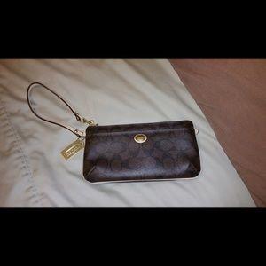 Coach Handbags - Coach Signiture wallet