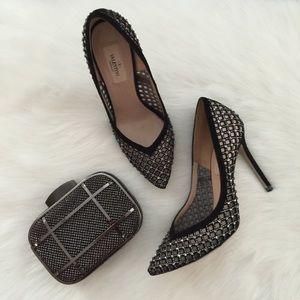 Valentino Garavani Shoes - Authentic rare Valentino Garavani pumps