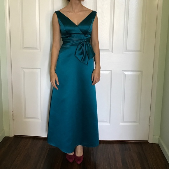 6d0a8295afa belsoie Dresses   Skirts - Deep turquoise classy evening gown