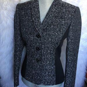 Gorgeous Blazer tweed unique pattern