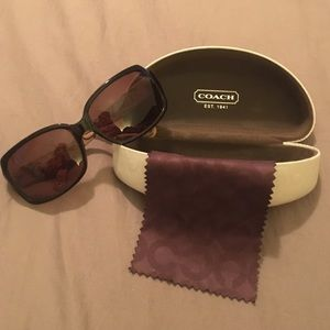 Coach Ginger Sunglasses Tortoise