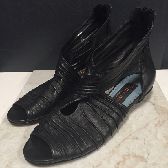 everybody by B.z.Moda Shoes - Opal Women s Leather Shoes everybody by B.Z. Moda c8b4d9f9af3