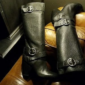 ❤NWOT Lucky Brand Boots never worn  size 8.5M