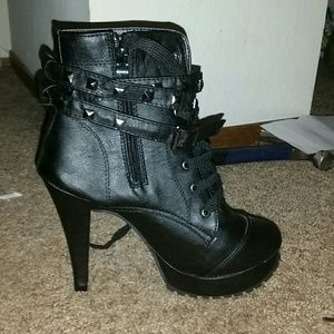 Shoes - ❌SOLD! ❌*HP! Black Studded Ankle Boots!❌