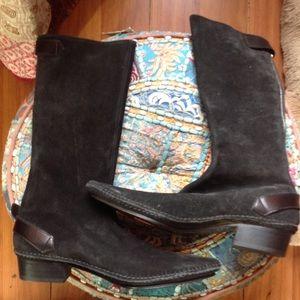 Belle by Sigerson Morrison Shoes - Sigerson  Morrison suede boots!💕💗