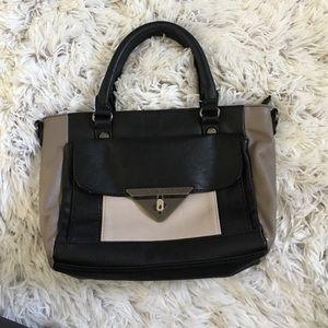 Steve Madden Handbags - Small handbag