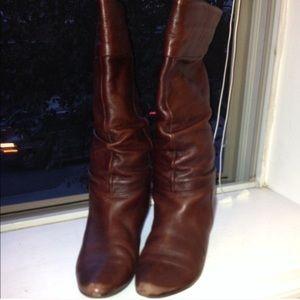 Adorable brown Aldo boots size 6