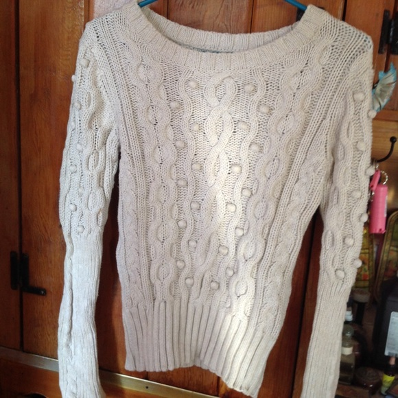 74% off Victoria's Secret Sweaters - 🇺🇸SALE vs moda cotton ball ...