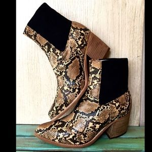 Free People by Jeffrey Campbell black tan gold  7