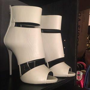 Giuseppe Zanotti grey cut out booties