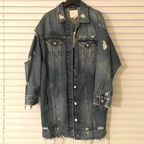 3fd4f9b2 Zara TRAFALUC distressed denim oversize jacket NWT