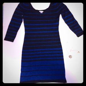 Black & Blue shirt dress  with boat neck