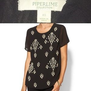 Piperlime Tops - PIPERLIME Pearl Embellished Shell Top Black NWT
