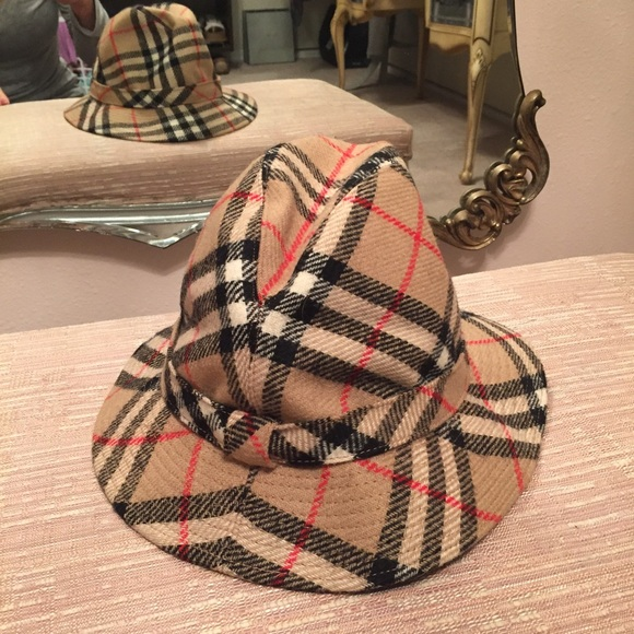 Burberry Accessories - Authentic Burberry wool bucket hat  vintage 💯 e88166729df