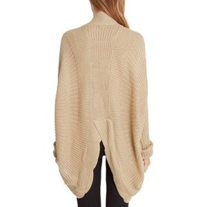 Sweaters - Extremely comfortable oversized long Cardigan