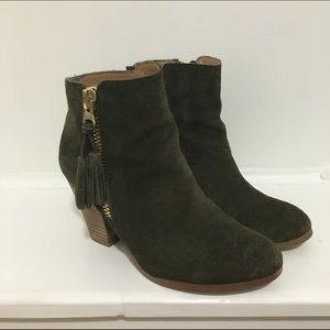 05d7b7c6f30 Aldo Shoes - Aldo olive green ankle boots
