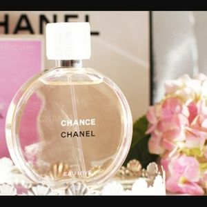 CHANEL Other - CHANEL EAU VIVE