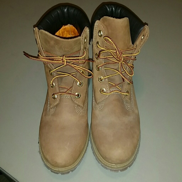 5bae9f99c0b Timberland Linden woods bootie size 7.5 in Tan