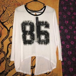 86 3/4 sleep open back shirt
