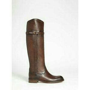 Gucci Shoes - ❤HP❤ Gucci Eleonora Riding Boots