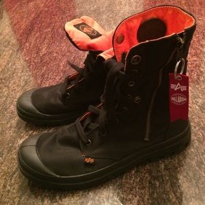 Palladium Other - Men's Boots 💙