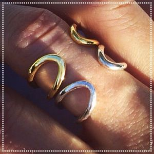 Muse Refined Jewelry - Sterling Silver Spectacular Infinity Wrap Rings