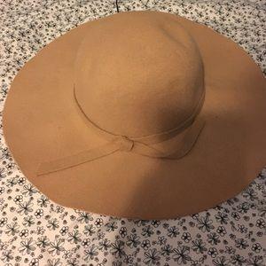 Accessories - Tan Sun Hat