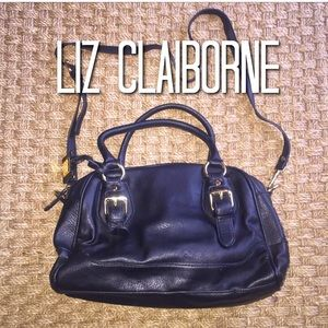 Liz Claiborne Handbags - Liz Claiborne Black Leather Crossbody Purse Gold