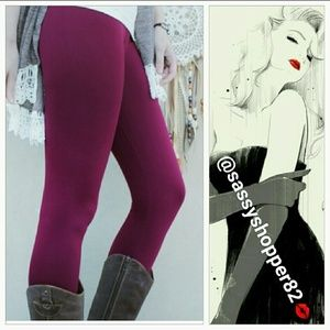 Pants - 🌟Burgundy fleece lined leggings