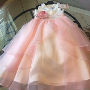 Us Angels Other - White & Pink 🌺 flower girl dress w/organza