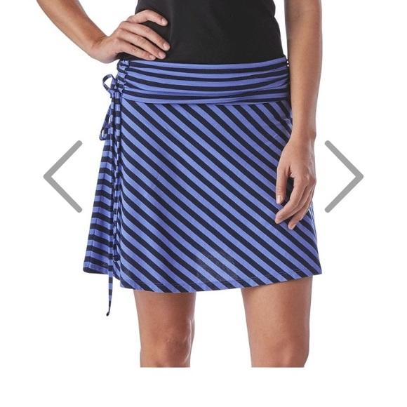 9c5a1a7027 Patagonia Women's Lithia Convertible Skirt. M_582215bdf0137dceac039bac