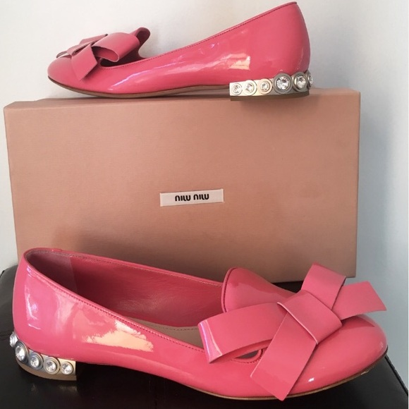 0e258df895ef HP Miu Mui Patent Leather Bow Jewel Heel Flats