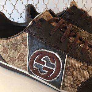 ac061a0b940 Gucci Shoes - 🎁SALE! 🎉HP🎉 GUCCI MENS SNEAKERS 💯 AUTHENTIC