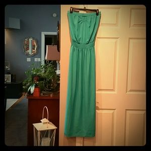 Soulmates Dresses & Skirts - SOULMATES MAXI DRESS W/front n back cut outs