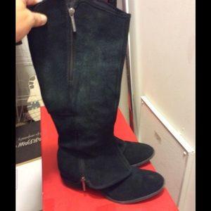Stunning boots Donald J. Pliner