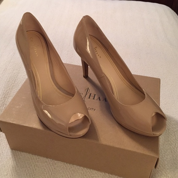 03c1a9624b43e6 Cole Haan Shoes - Cole Haan air nude peep toe pumps 8