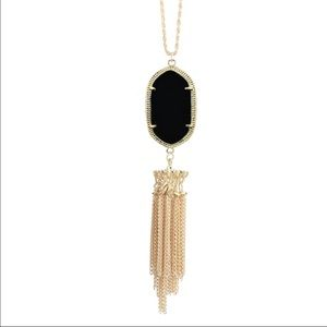 Jewelry - Stunning necklace (nwt)
