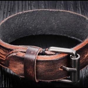 Boho Gypsy Sisters Other - 🆑FINAL PRICE 40%⬇Unisex Leather Buckle Bracelet