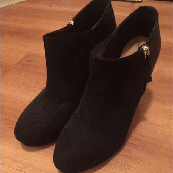 66 h m shoes h m black heel bootie from s