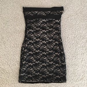 Guess black and cream lace dress ▪️ just reduced▪️