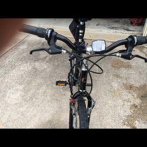 Cannondale M300 women's bike - cross trainer