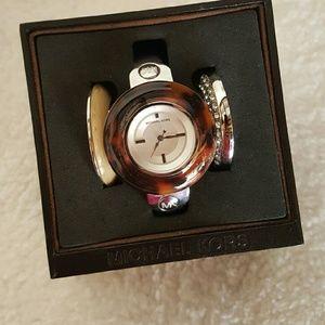 Michael Kors Accessories - NWT MK watch
