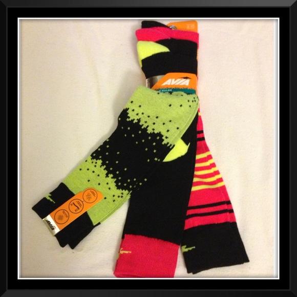 db2f17405 2 Bundles  15 - 3 Women Avia Knee-Hi Socks