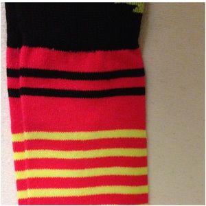 1dd2e33c9 Avia Accessories - 2 Bundles  15 - 3 Women Avia Knee-Hi Socks