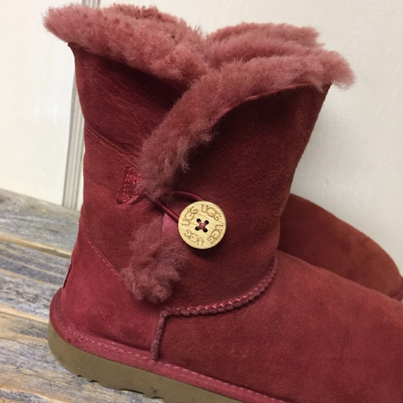 red flag deals uggs