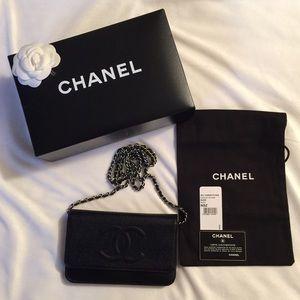 Chanel Black Caviar WOC