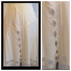 FIRM!! Christian Dior Vintage Slip, Silk y, Dior